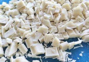 Valkosuklaamuffinssit valmistus (2)