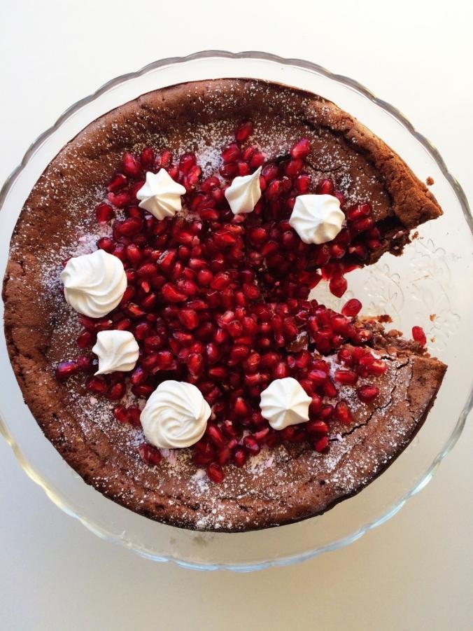 Naurettavan helppo ja hyvä suklaakakku (3)