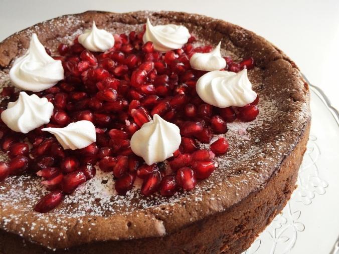 Naurettavan helppo ja hyvä suklaakakku (6)