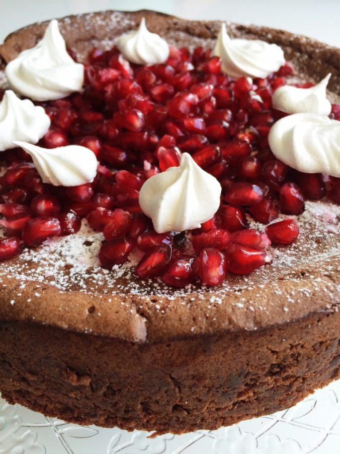 Naurettavan helppo ja hyvä suklaakakku (8)
